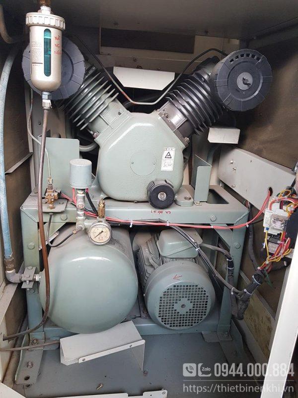máy nén khí không dầu cách âm Hitachi bebicon